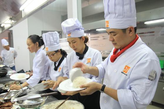 đào tạo phụ bếp