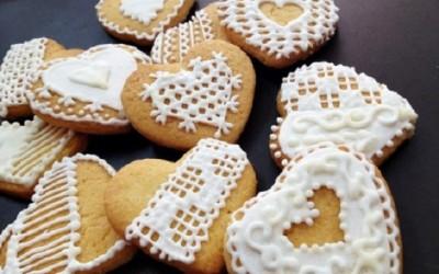 Suger-Cookies-hinh-trai-tim-se-la-mon-qua-dac-biet-mua-le-Valentine