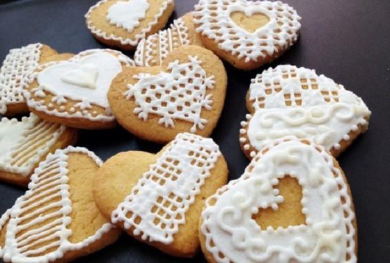 Suger cookies hình trái tim sẽ là món quà đặc biệt