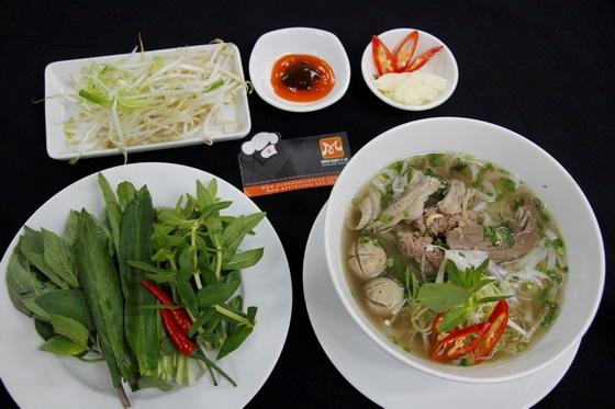 khong-khi-soi-dong-dau-nam-tai-huong-nghiep-a-au-28