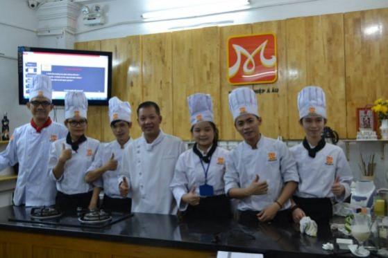 các thành viên k180