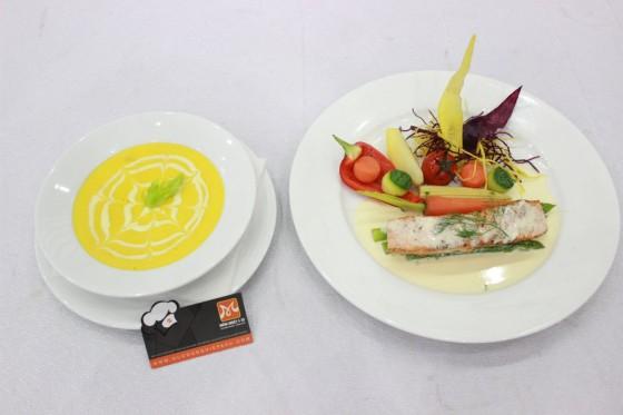soup bí đỏ, cá hồi sốt xem chanh