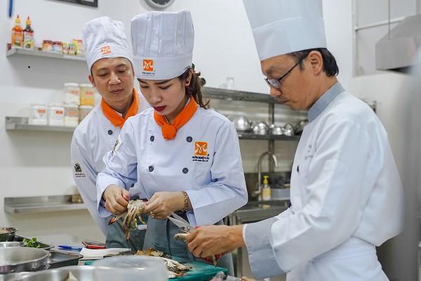 """Học Nấu Ăn Ngắn Hạn """"Một Thầy – Một Trò"""""""