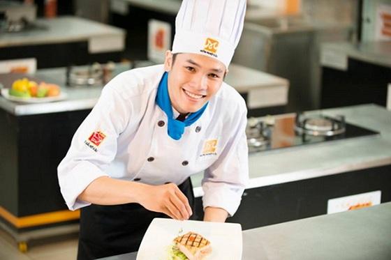 Học viên học nấu ăn ngắn hạn