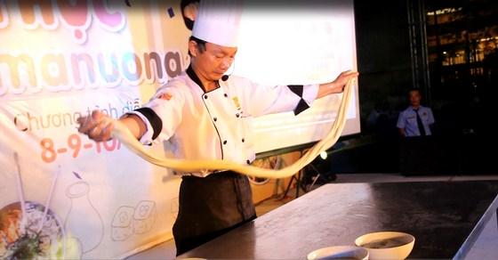 mì kéo sợi nhà hàng dìn ký