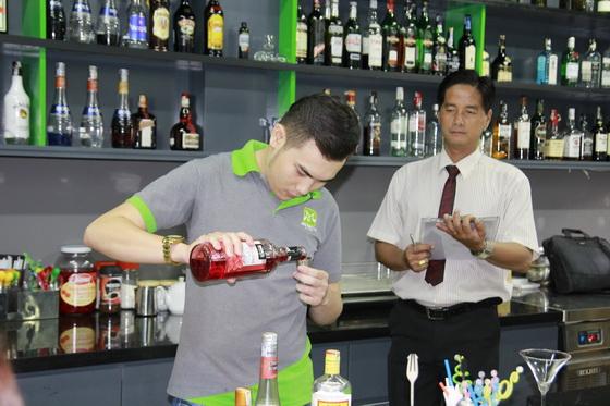 học viên lớp bartender 12