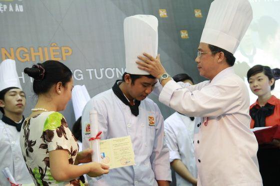 trao chứng chỉ nghiệp vụ bếp trưởng
