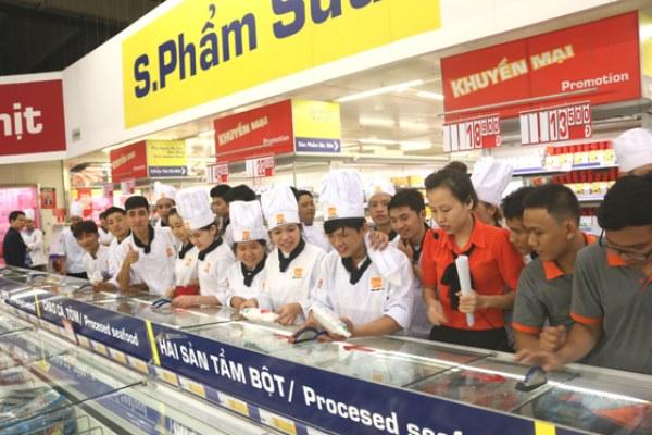 Lớp học ngoại khóa tại siêu thị