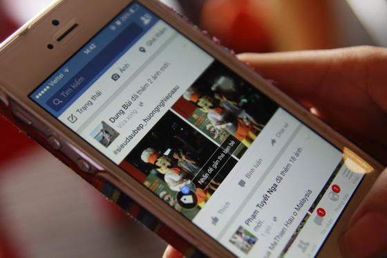 post lên trang facebook cá nhân và hashtag