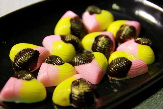 Kẹo Chocolate được tạo hình trái tim