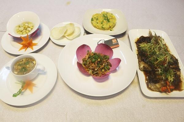Học nấu món hoa xu hướng nghề bếp