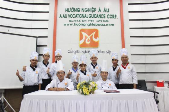lớp bếp trưởng k244