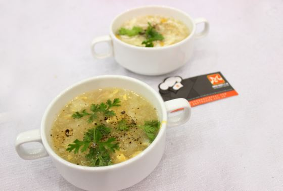 món soup bắp kem thịt cua