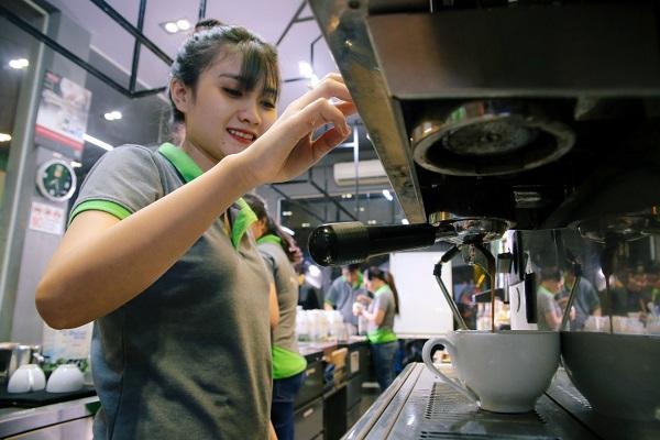 thực hành pha cà phê Ý