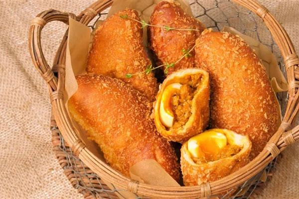 Bánh Korokke cà ri