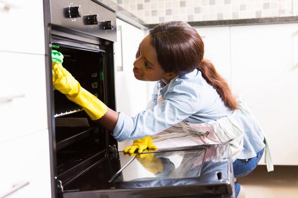 Cách vệ sinh lò nướng