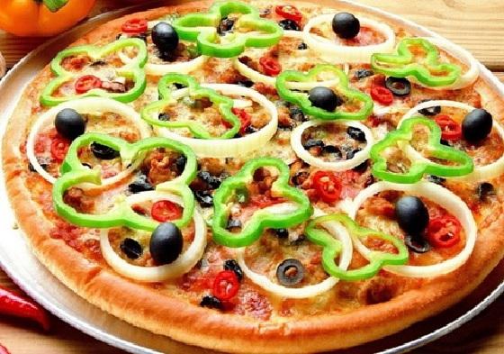 bánh pizza rau củ