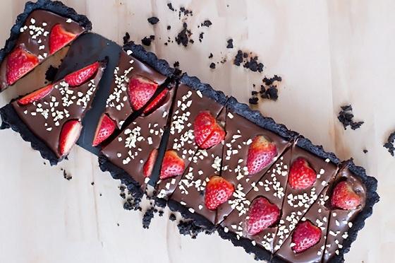 hình ảnh bánh chocolate tart