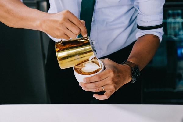 Kỹ thuật Latte Art trong Barista