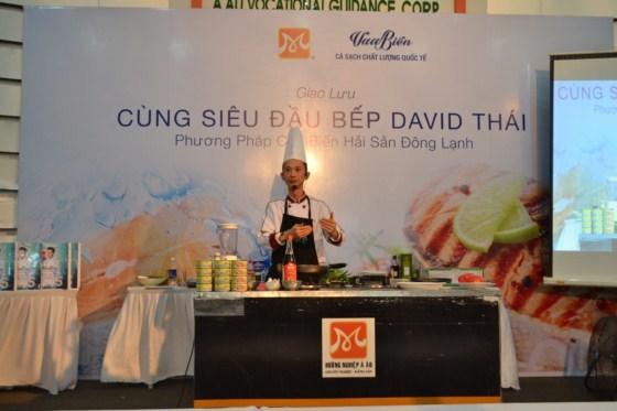 Hướng Nghiệp Á Âu sôi động chương trình giao lưu với Siêu Đầu Bếp David Thái