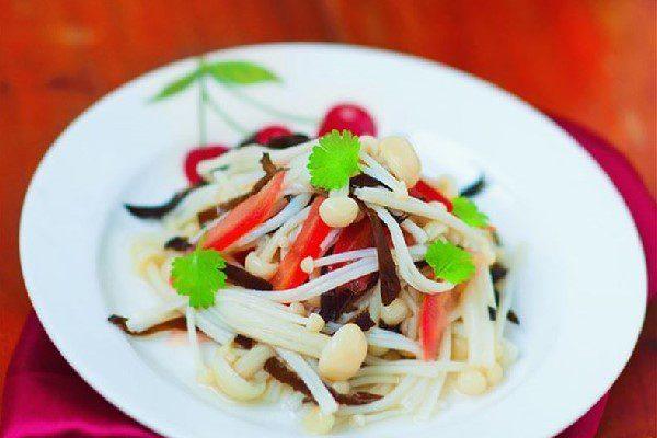 Salad nấm kim châm chay ngon