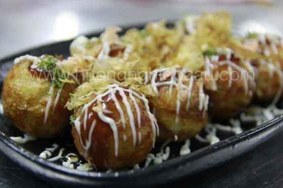 bánh khọt Nhật Bản Takoyaki