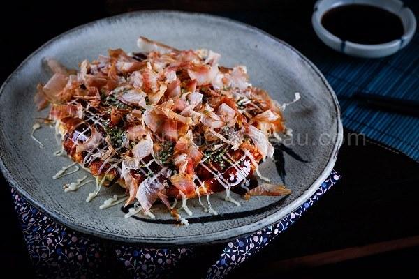 bánh xèo Okonomiyaki Nhật Bản