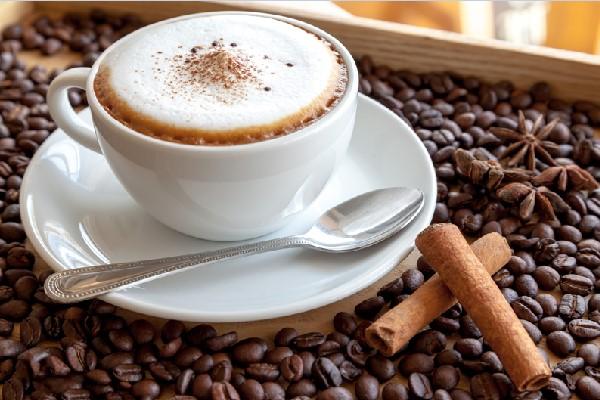 Một tách cà phê Capuchino