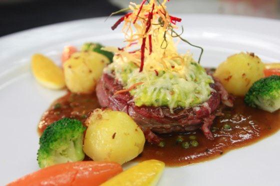 Thịt bò sốt tiêu xanh ngon lạ, đầy dinh dưỡng