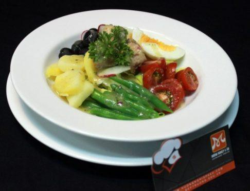 cách làm salad nicoise