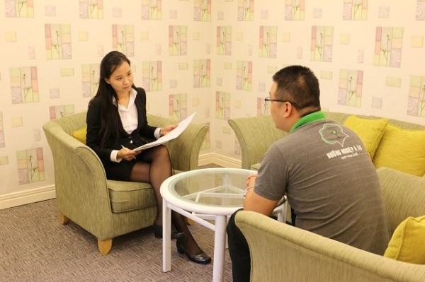 học viên hnaau phỏng vấn xin việc trực tiếp