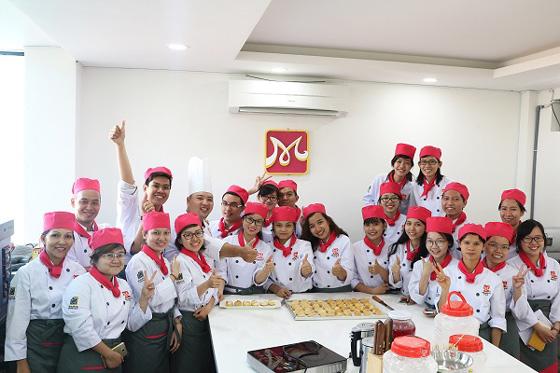 lớp học làm bánh choux nhật mvtn