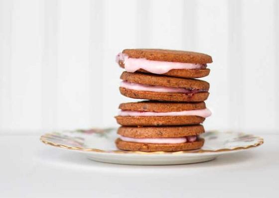 Học làm bánh Sandwich cookie