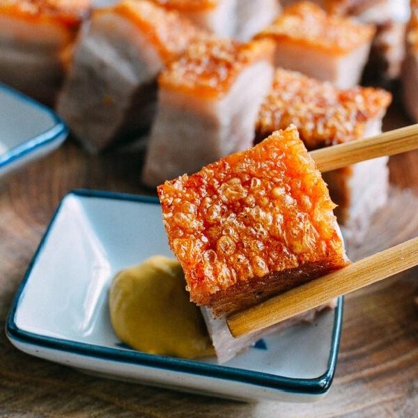 Thịt heo quay bằng lò nướng