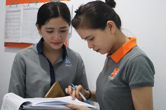 hoc-vien-tham-gia-chuong-trinh-career-talk