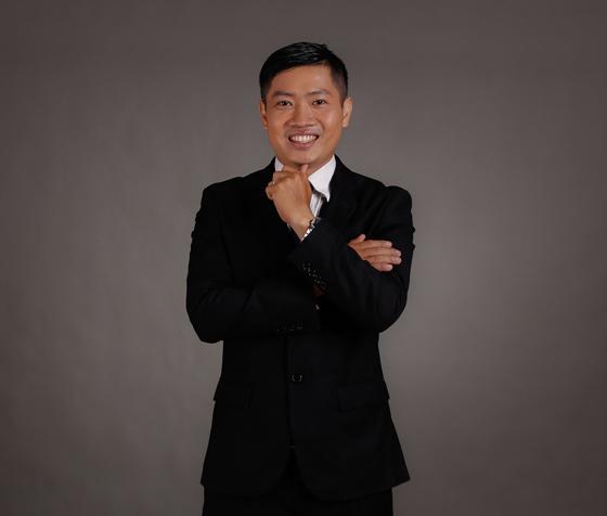 Thầy Lê Trung Hiếu