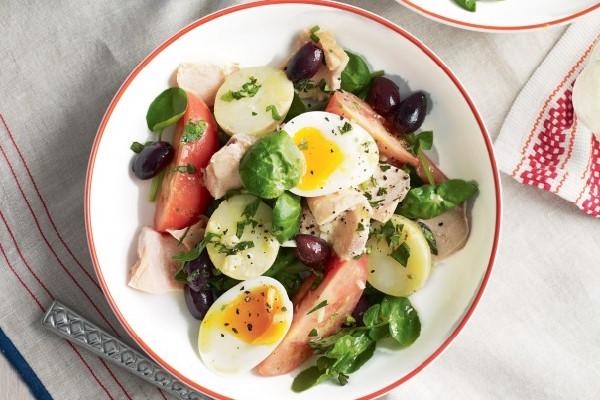 Món salad cá hồi