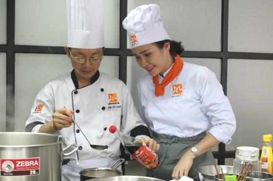 Học nấu ăn trước khi kinh doanh là lựa chọn của nhiều người