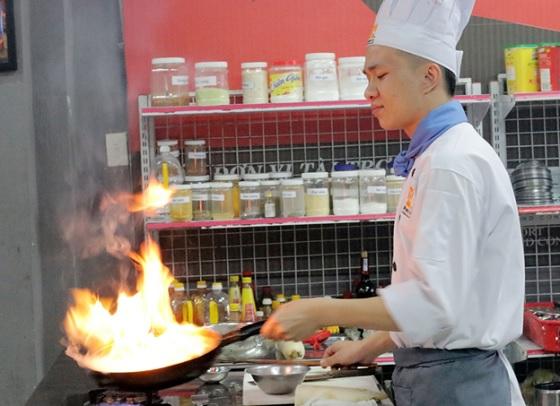 Nghề đầu bếp – niềm vui lắm, nỗi buồn nhiều