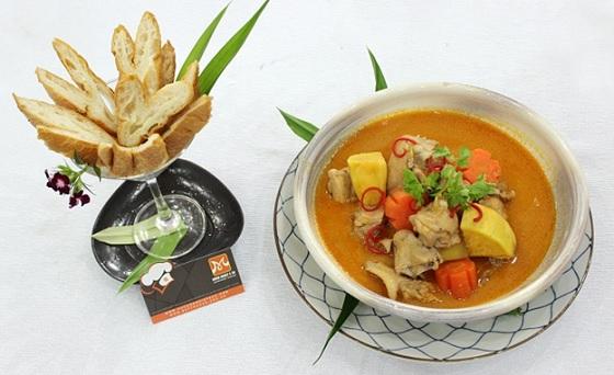 Gà nấu pate – món ăn Việt được chế biến theo phong cách châu Âu