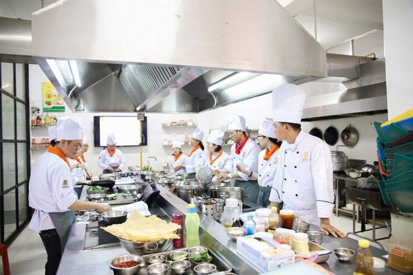 Nghề bếp lương cao