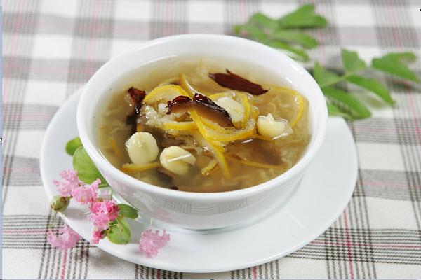 Cách nấu chè hạt sen đường phèn tươi ngon, bổ dưỡng