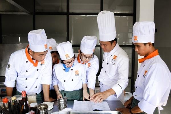 Lớp học Chuyên đề Bò kho
