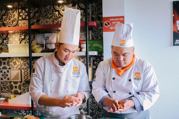 Học nghề bếp để kinh doanh ẩm thực
