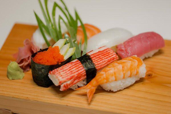 Các món sushi hảo hạng