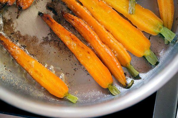 Caramelized cà rốt