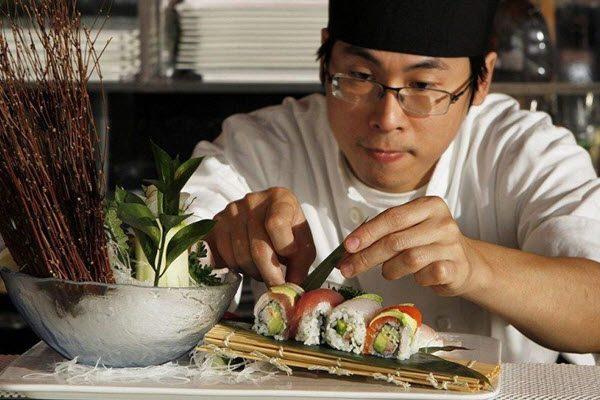 Chăm chút từng miến Sushi
