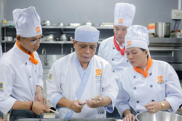 Bí quyết để trở thành đầu bếp sushi chuyên nghiệp