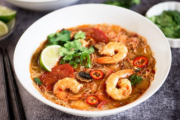 Cách nấu lẩu Tomyum Thái Lan cực ngon