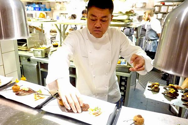 Đầu bếp đạt sao Michelin Nhật Bản và món súp đất